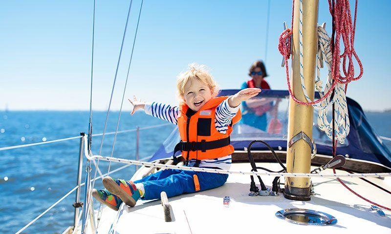 Sicurezza dei più piccoli in barca