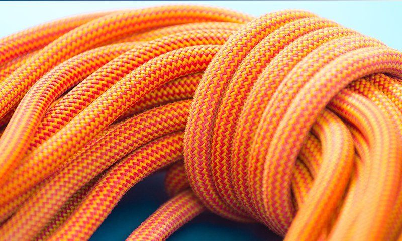 Arrampicarsi in sicurezza con corde non usurate